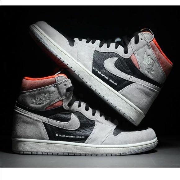 ec23056bdaf1ad Air Jordan 1 neutral grey hyper crimson Size 12. NWT. Nike